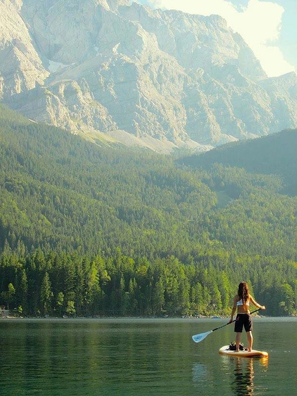 lake paddle with mountain backdrop