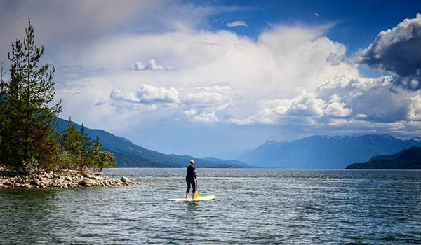 Daphne Hunter Storms gathering - Suping on magical Kootenay Lake near Kaslo, BC