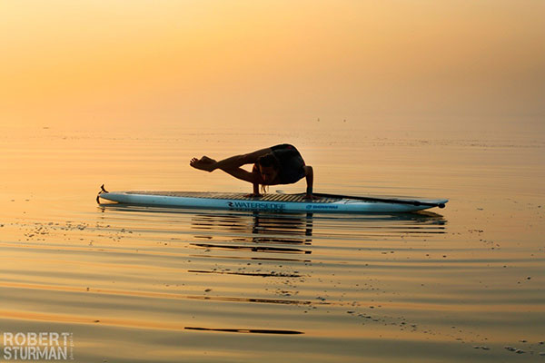 5 mind body green sup yoga