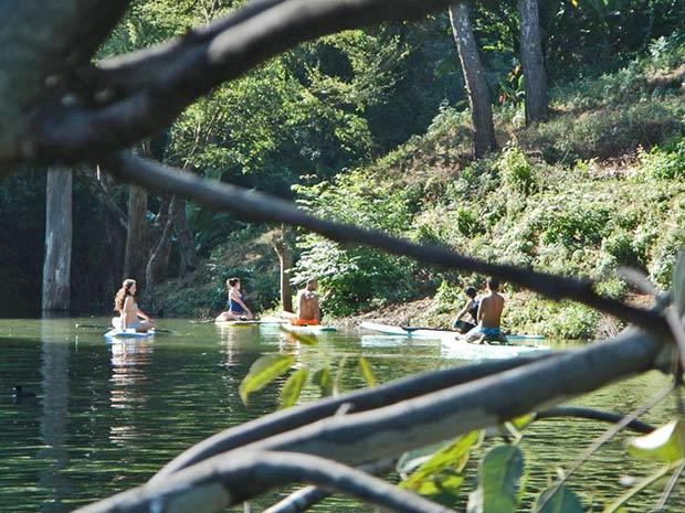 arturo aponte: Valle de Bravo lake, the best place to paddle inland México!