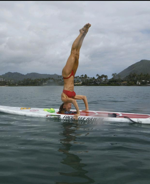 judi harrison: Maunalua bay solo Sup yoga.cool breeze s and Hawaiian fun. Judi Andersen Harrison