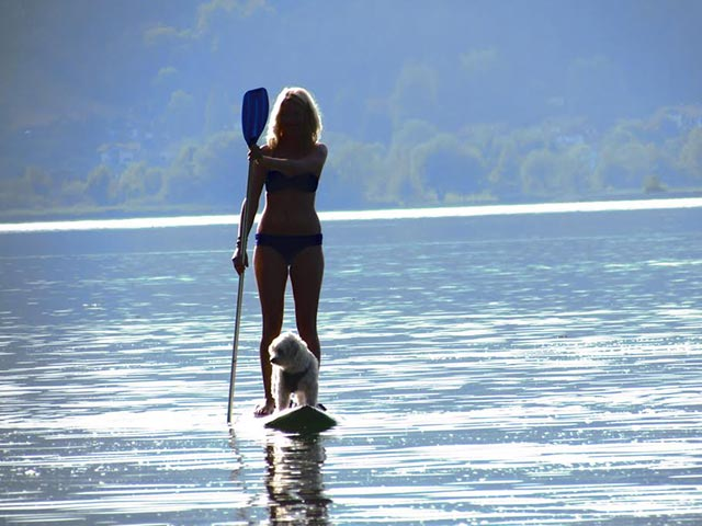 Isabella Schmid: Paddling with my dog on a lake in Germany