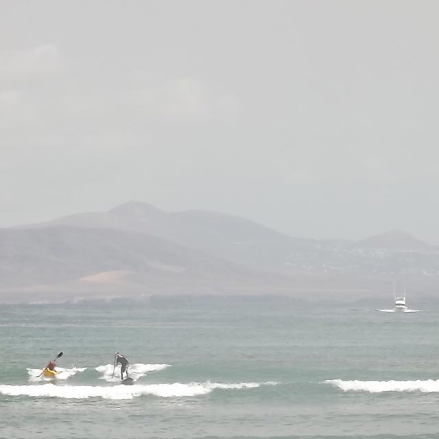 Michael Scott: SUP v Kayak Fuerteventura, with Lanzarote in the background