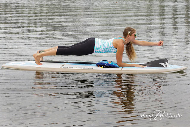 Paddle board Plank Punches 1