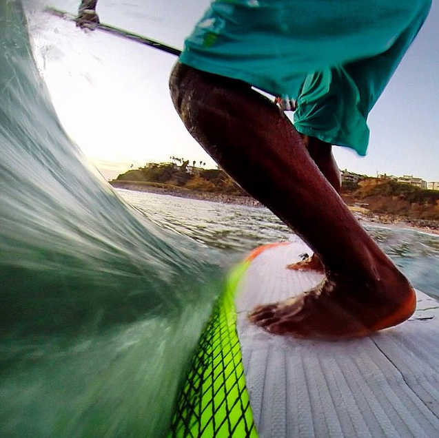 @performancepaddling On board with @anthonyvelasup. #gopro #supsurf #raceboard #surf #waves #tailcam #socal #surfing #paddleboard #paddleboarding #enjoypaddling @gopro @officialmauijim @infinity_sup @qbpaddles @fcssup