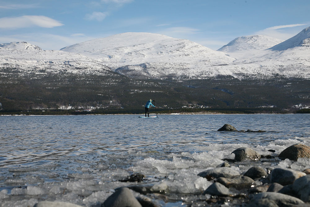 Standup Paddling Above the Arctic Circle 3