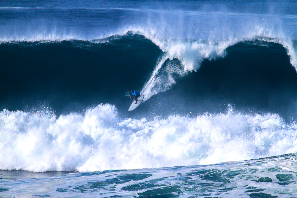 "Oregon Coast's Nelscott Reef ""Unvitational"" Pro Am will be run on Thursday Jan 7th...waves are going to be HUGE!"