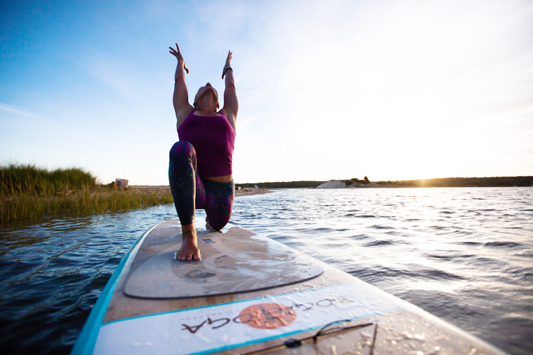 Jessica Bellofatto SUP Yoga crescent lunge on BOGA
