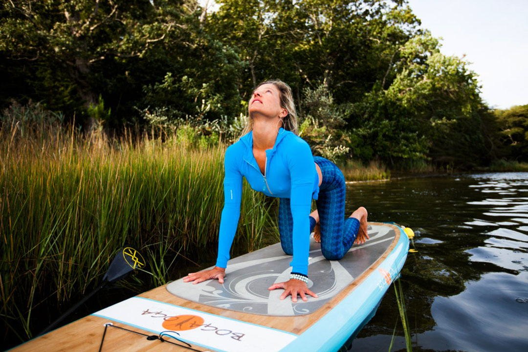 Jessica Bellofatto sup yoga cat cow