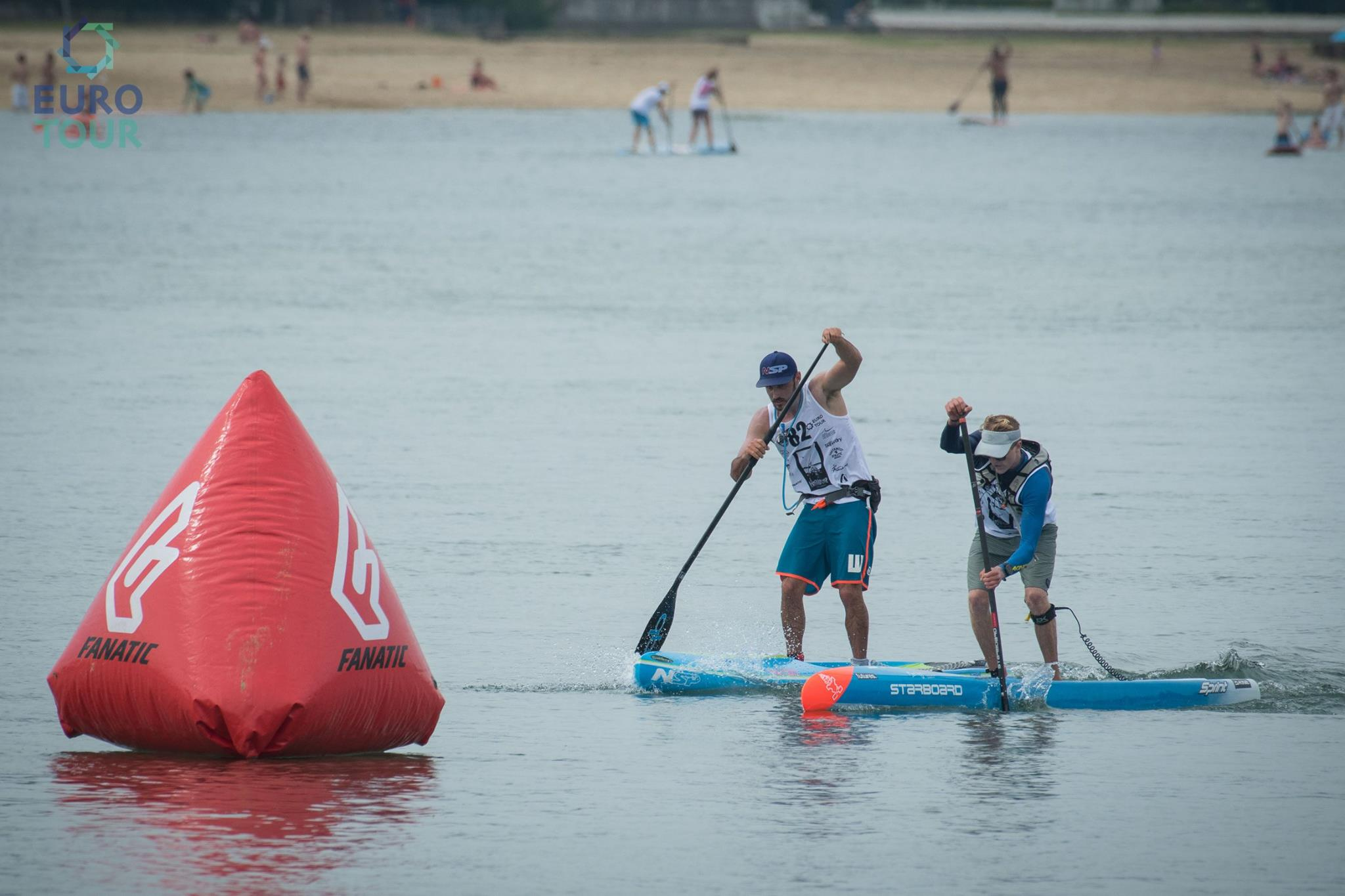 Connor & Titou - sprinting to last buoy