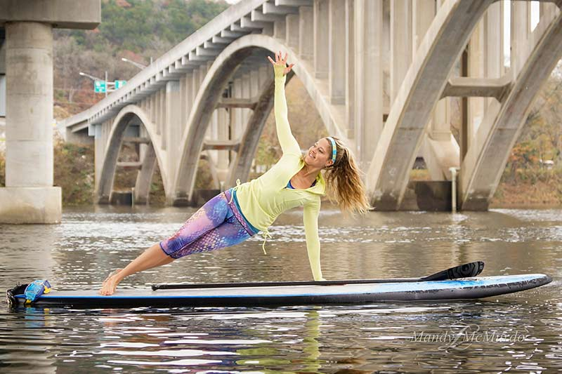 Stand Up Paddling rolling side plank exercise