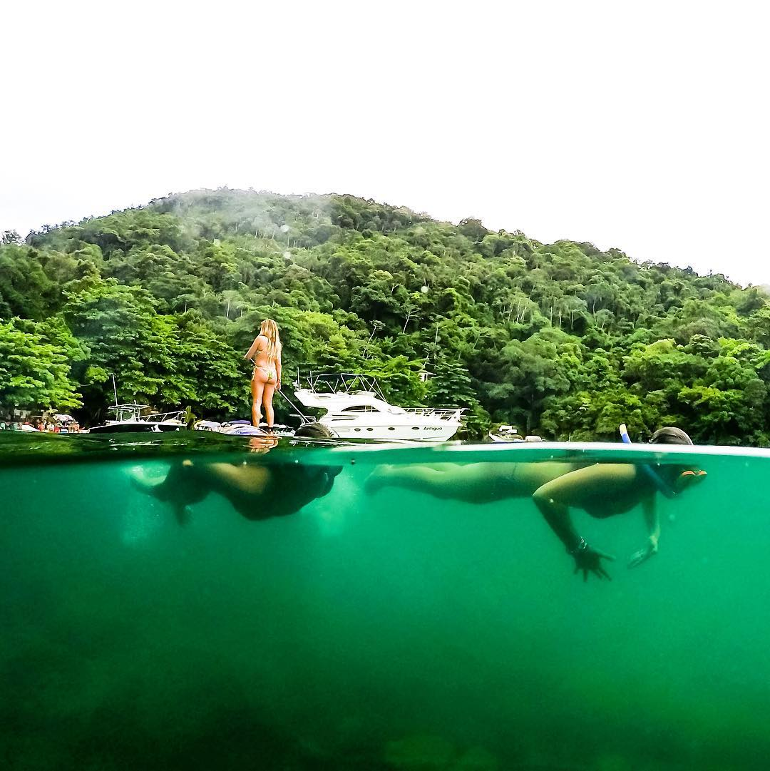 Standup Paddling and snorkeling in SP Brazil