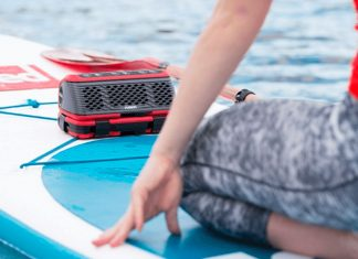 StereoActive - World's First Portable Watersport Stereo