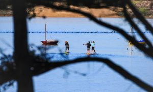 Nikki Gregg Ken and Sandi Twist Baywood the paddleboard co photo Glenn Dubock (2)