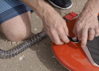 How to Attach the Leash to your Stand Up Paddleboard