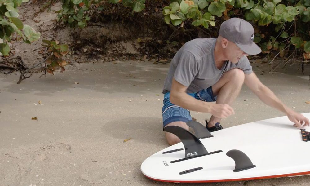 How To Install Fins On Your Stand Up Paddleboard Standup